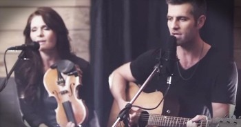 Beautiful 'Hallelujah' Duet Just Lit Up My SOUL – WOW!