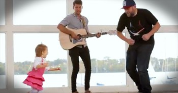 This Musician Wanted To Help Out Sick Kids. And THIS Is How His Act Of Kindness Turned Out!