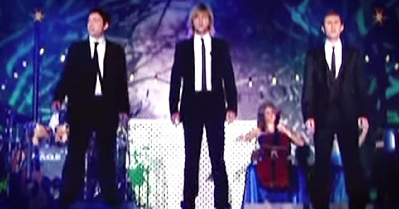 Celtic Thunder's Christmas 'Hallelujah' Will Give You Chills Upon Chills. WOW!