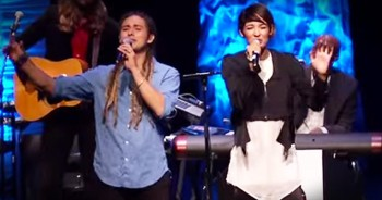 Jason Castro Moriah Peters Sing 'Same Kind Of Broken.' AMAZING!