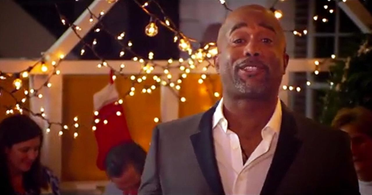 Darius Rucker Sings Emotional Holida