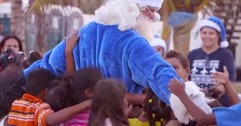 Airline Brings Christmas Miracle To Less Fortunate People In Dominican Republic