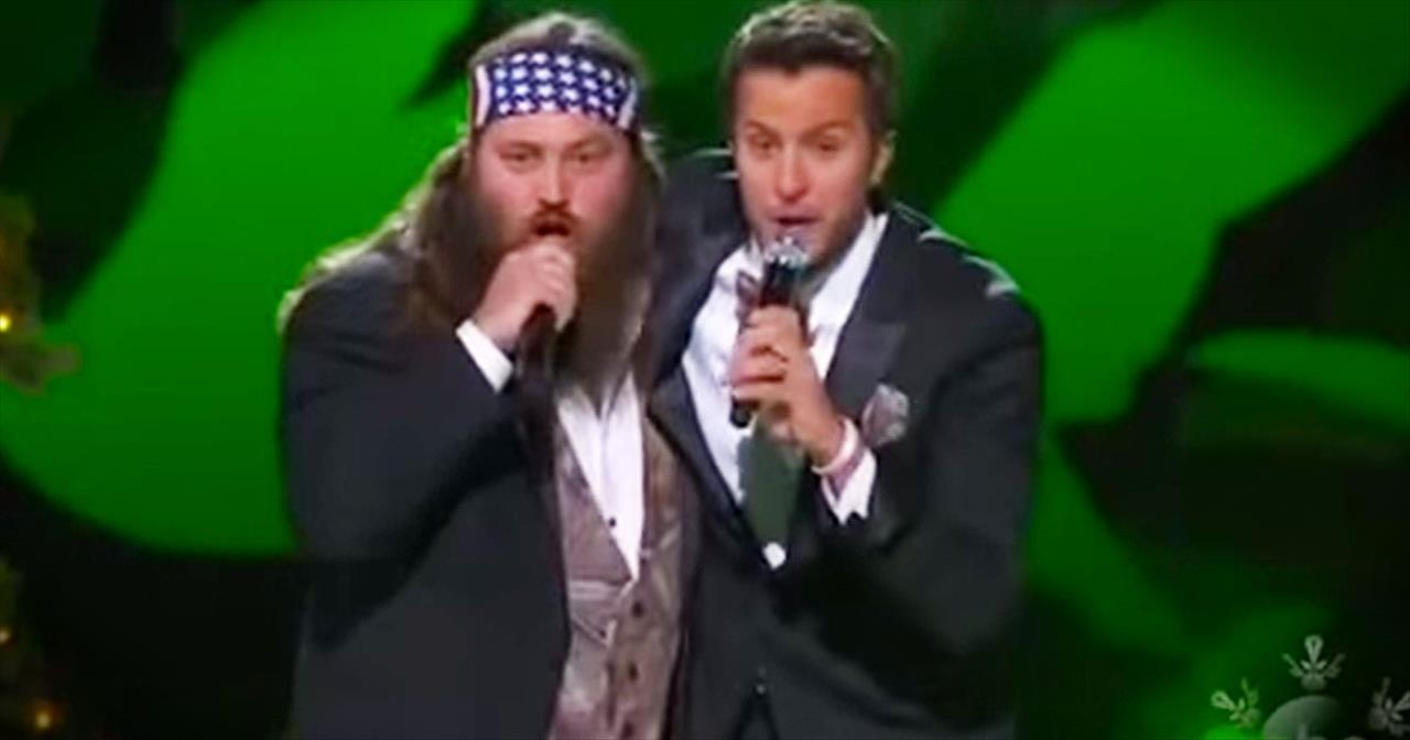 Willie Robertson And Luke Bryan Bring The LOLs With Their 'Hairy Christmas' Duet