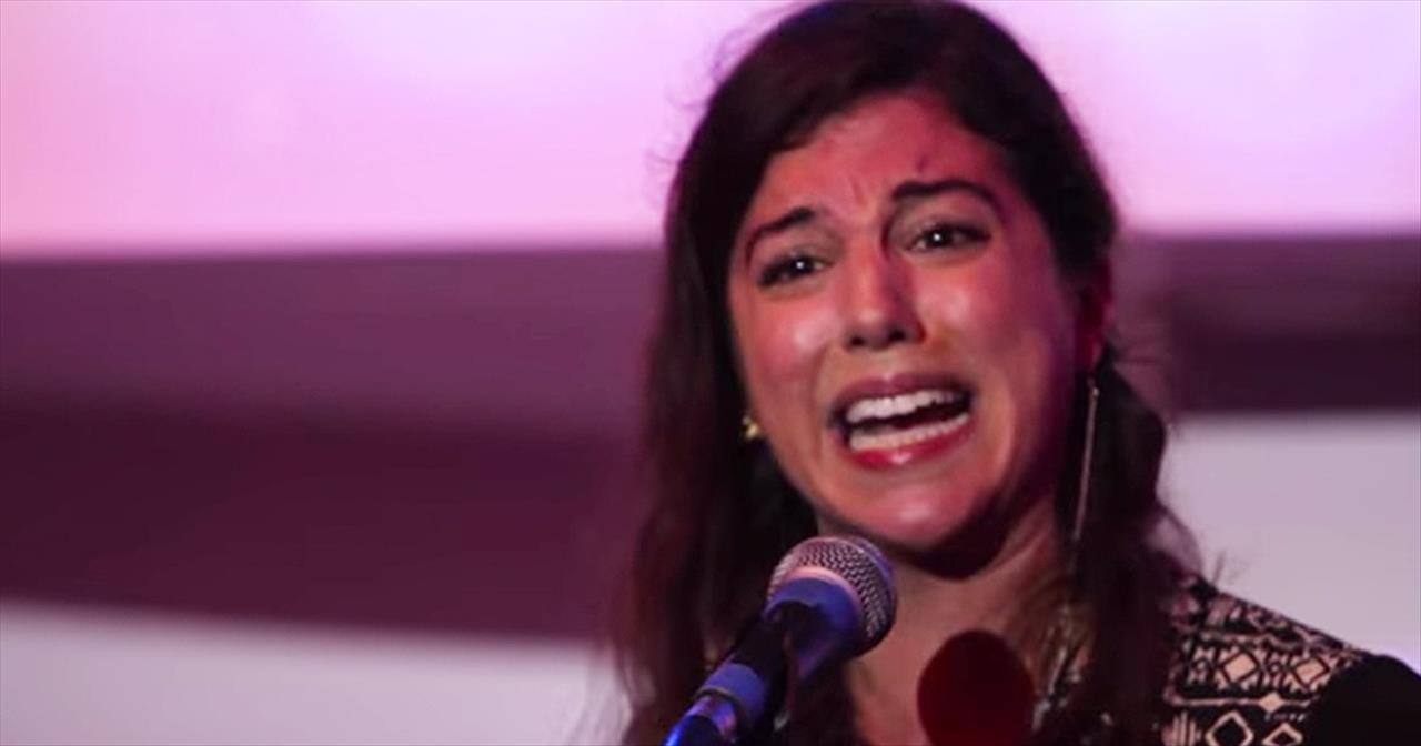 Young Woman Shares Her Battle With Depression Through Powerful Poem