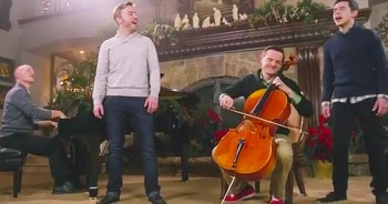 Piano Guys, Peter Hollens And David Archuleta Perform 'Angels We Have Heard On High' With 1,000 People.