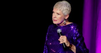 Jeanne Robertson Brings The Laughs With Her Feelings On Cursive Writing