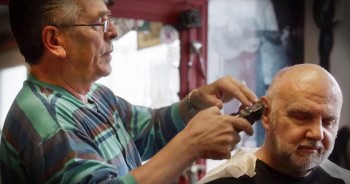 Barber Goes Above And Beyond For Those In His Community