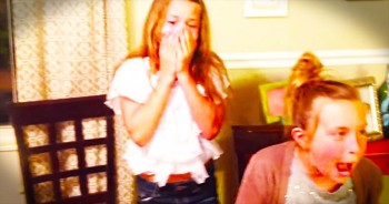 2 Sisters Are Adorably SHOCKED By Their Moms Big Announcement