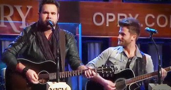Country Group The Swon Brothers Spread Incredible Message With 'Pray For You'