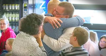 Marine Surprises Family At Church With Emotional Homecoming