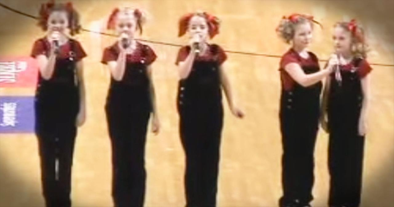 The Cactus Cuties Sing 1 Incredible Version Of 'The National Anthem'