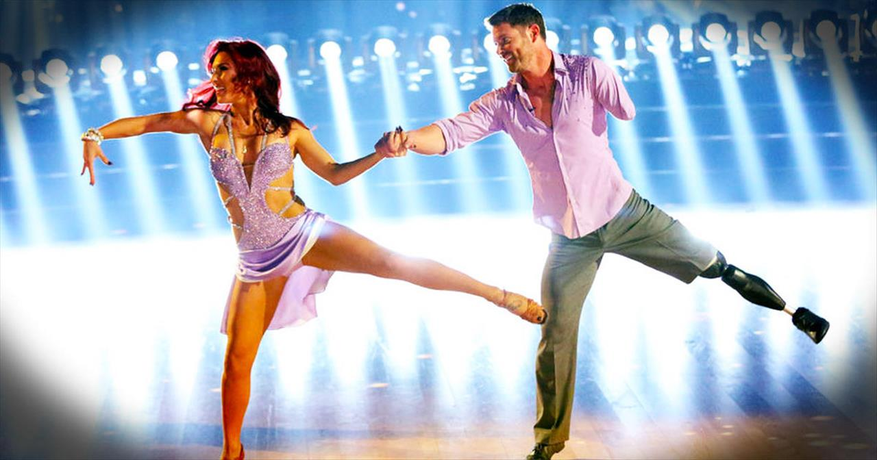 Veteran Noah Galloway Has Some Serious Dance Moves
