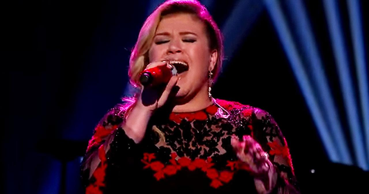 Kelly Clarkson Will Cover You In Chills With 'At Last'