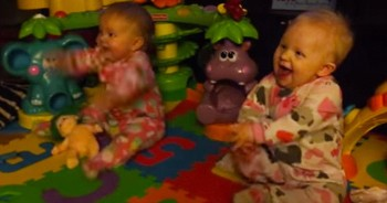 8-Month-Old Twins Have Adorable Reaction When Daddy Comes Home