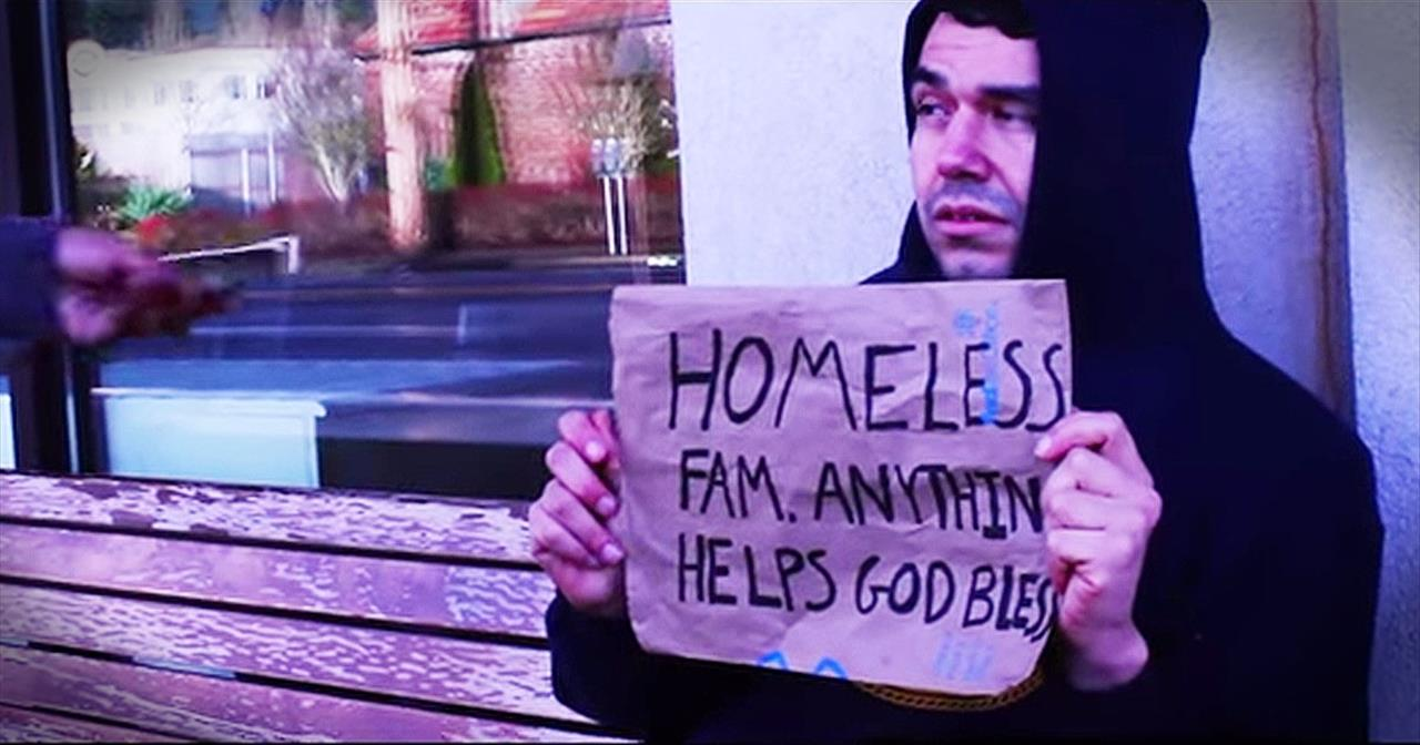 Man Gives To Homeless Man Who Continues The Chain Of Love