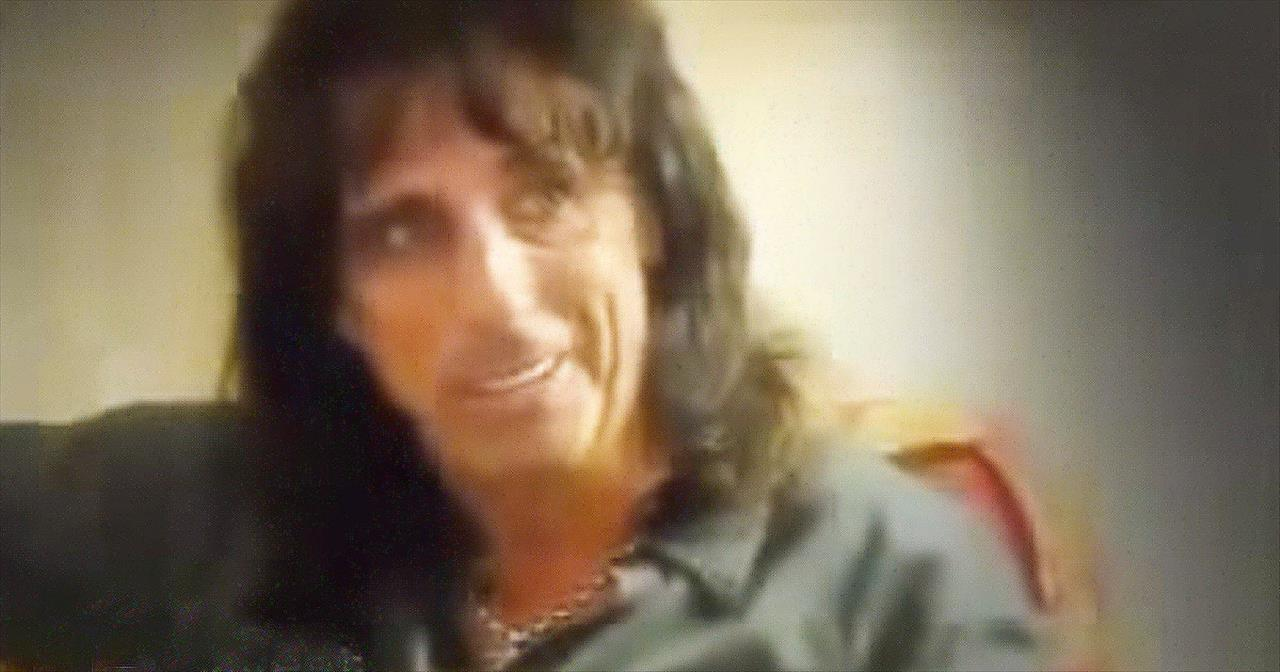 Rocker Alice Cooper's Incredible Testimony Will Leave Your Jaw On The Floor