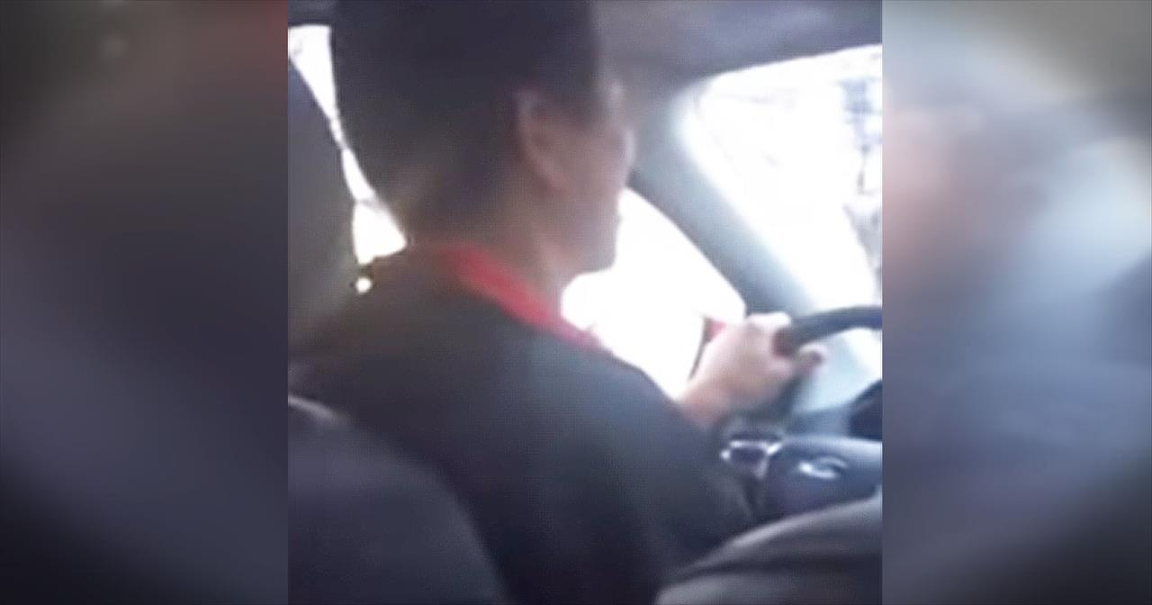 Uber Cab Driver Sings Beautifully For Passenger
