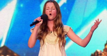 12-Year-Old's Whitney Houston Audition Has EVERYONE On Their Feet!