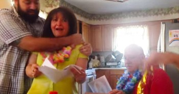 Son Surprises Parents With Vacation For 50th Anniversary