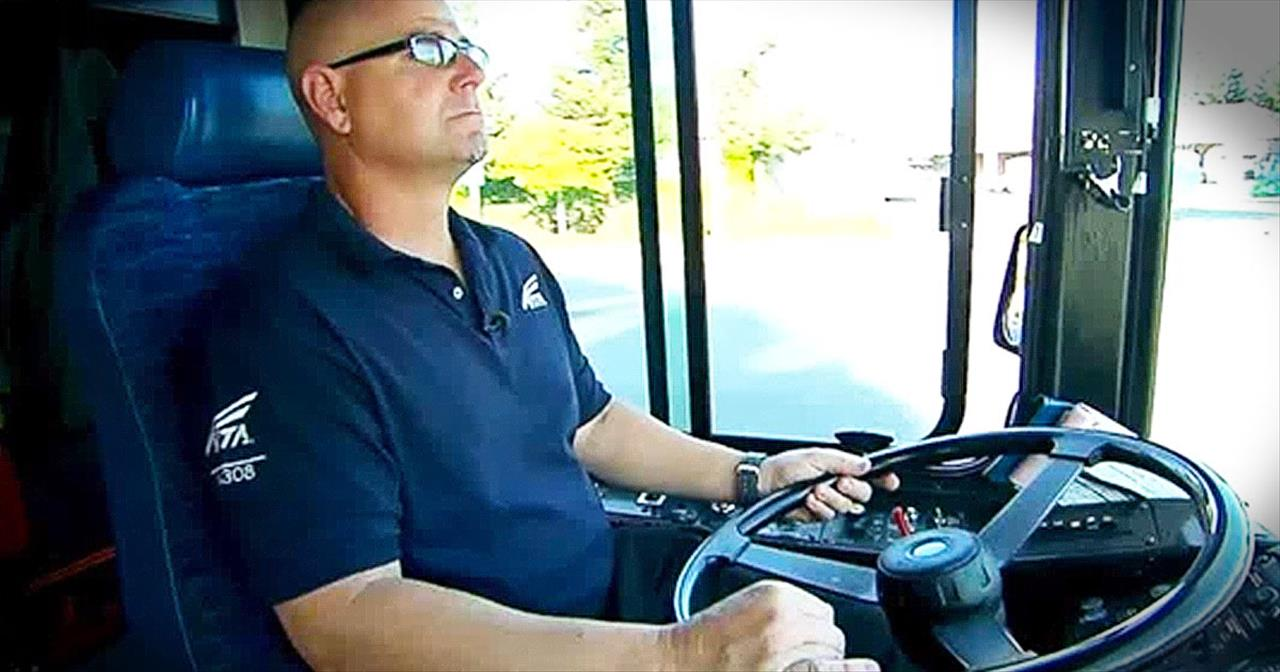 Bus Driver Saves 3-Year-Old From Attempted Kidnapping