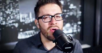 'More Than You Think I Am' – Live Performance From Danny Gokey