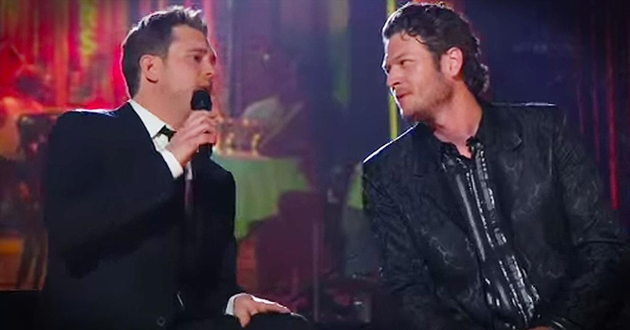 Michael Buble And Blake Shelton Perform Heartfelt Duet Of 'Home'