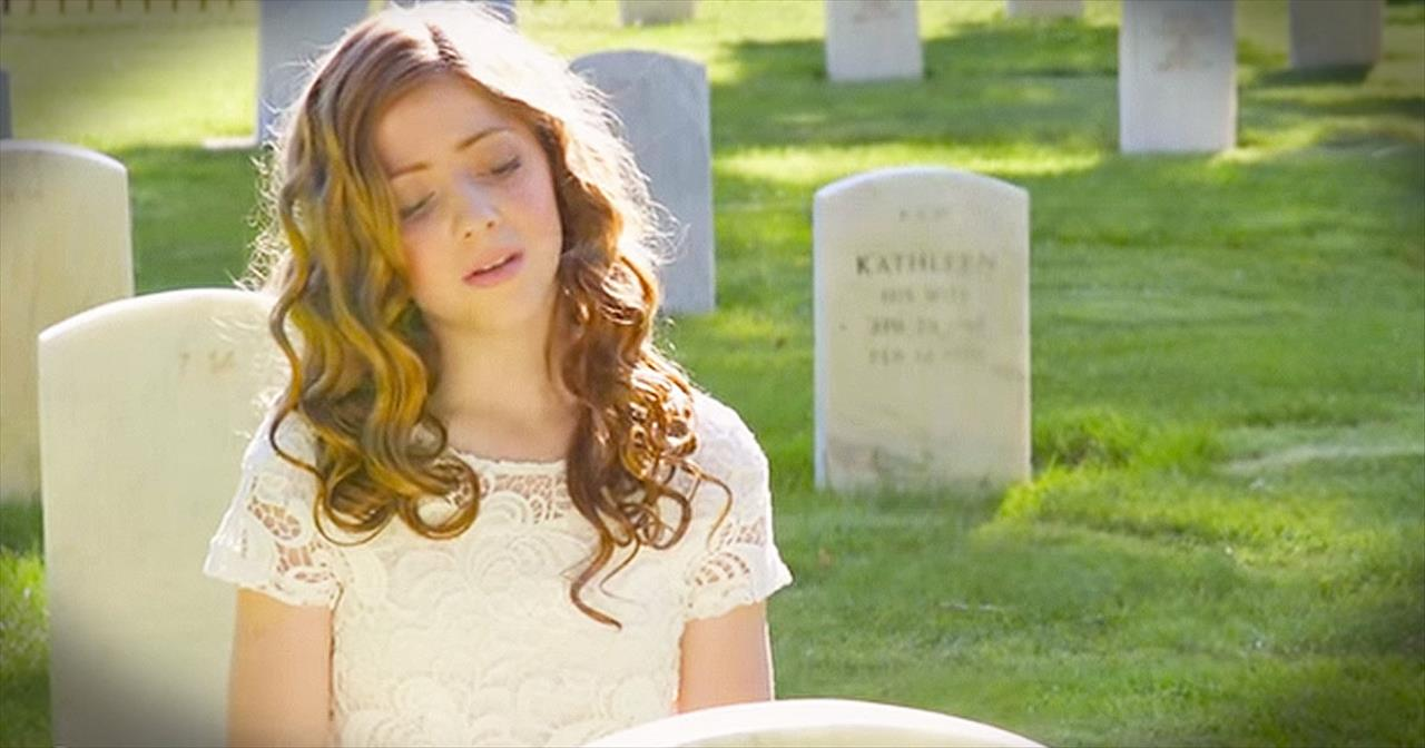 Internet Sensation Lexi Walker Sings Chilling Version Of 'America The Beautiful'