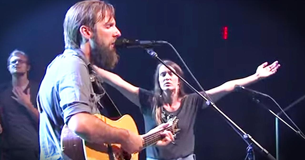 'Oh Lord, You're Beautiful' – Emotional Worship From Bethel Music