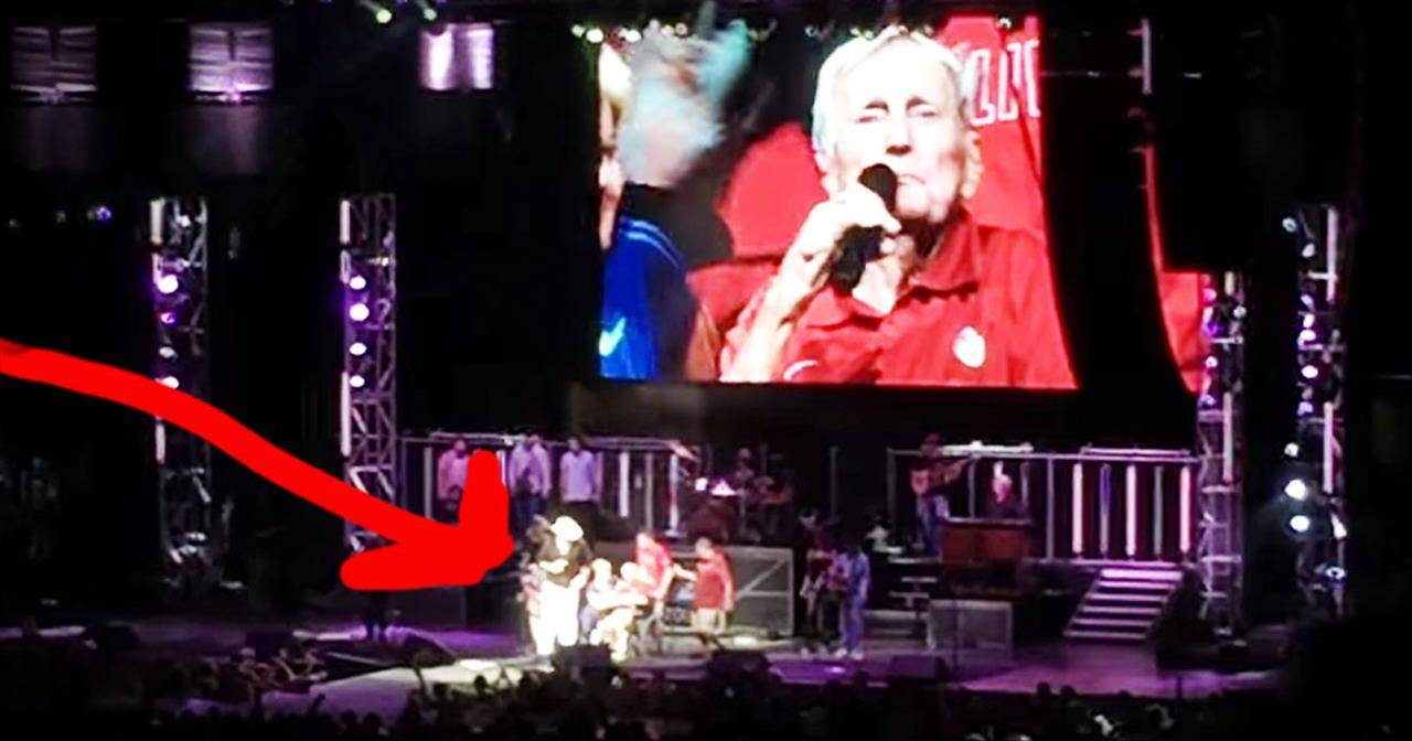 Toby Keith's Patriotic Encore For 93-Year-Old Vet Will Leave You In TEARS