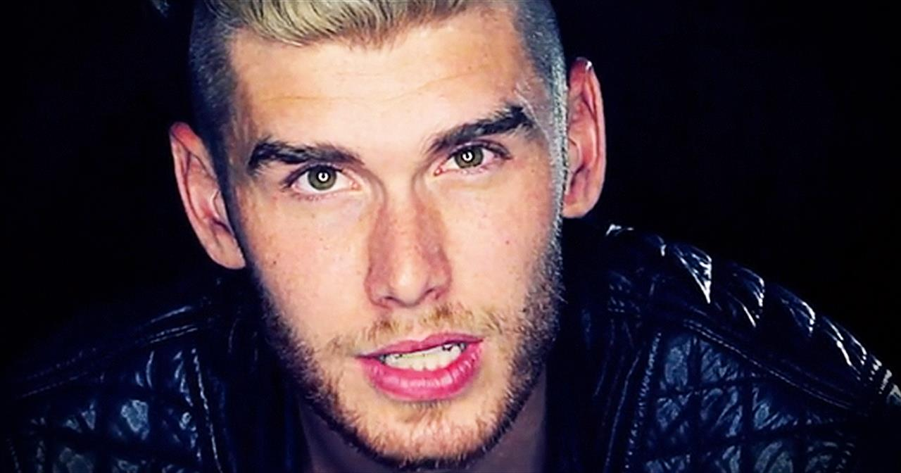 'Limitless' – Soul-Stirring Acoustic Performance From Colton Dixon