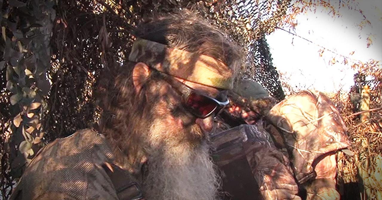 Phil Robertson's Prayer For The Younger Generation Will Have You Saying AMEN!