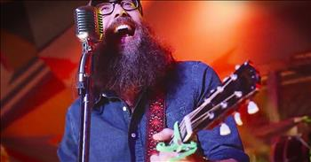 'My Beloved' - Clap Along With Live Worship From Crowder