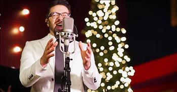 'O Holy Night' – Live Acoustic Performance From Danny Gokey