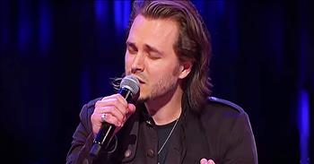 Nashville TV Star Sings 'Unchained Medley' At Grand Ole Opry