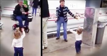 Little Girl Spreads Love At Grocery Store