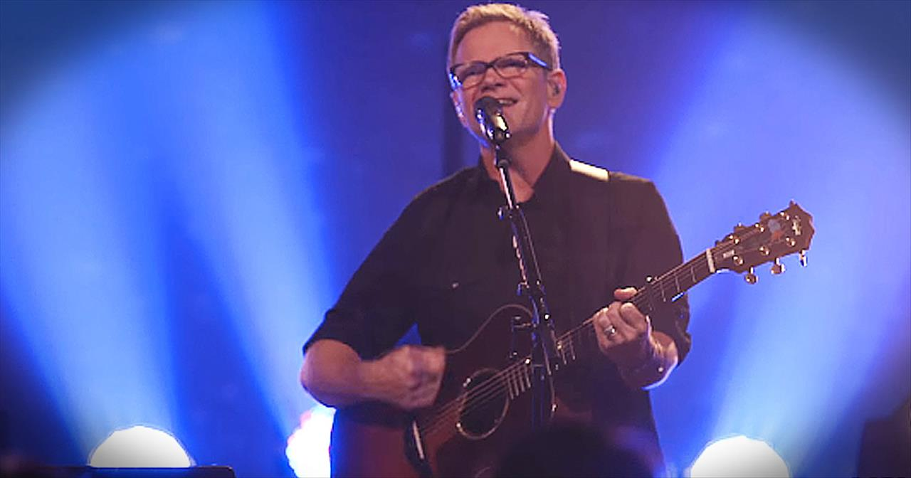 'One True God' - Live Worship From Steven Curtis Chapman