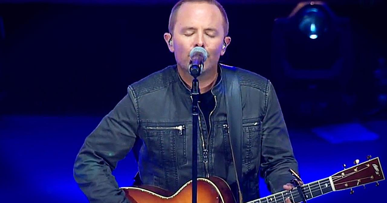 'Amazing Grace (My Chains Are Gone)' - Live Chris Tomlin Performance