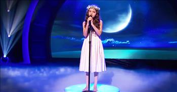 Little Girl's BIG Jazzy Voice In 'Fly Me To The Moon' Will WOW You