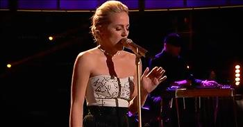 Country Girl Sings 'Stand By Your Man' On The Voice And It's Amazing!