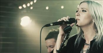 'Set Me Ablaze' Live Worship From Jesus Culture featuring Katie Torwalt