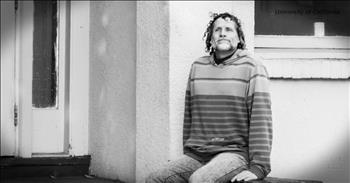 Homeless Man Addicted To Drugs Walks Into College And Changes His Life