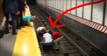 Kind Strangers Save Man Who Fell On Subway Tracks