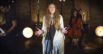 'Power To Redeem' - Beautiful Worship From Lauren Daigle
