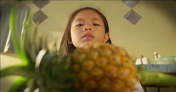 Mother Teaches Her Daughter Life Lessons Using A Pineapple