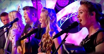 The Willis Clan Performs Toe-Tapping Rendition Of 'Favorite Things'