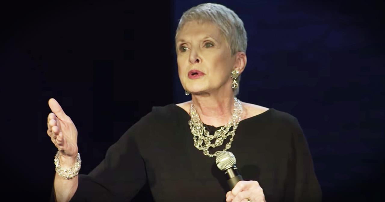 Jeanne Robertson And Left Brain At A Garth Brooks Concert Are Hilarious