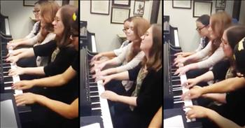 4 Talented Pianists All Play 1 Piano At The Same Time