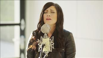 'The Cause of Christ' - Acoustic Kari Jobe Performance