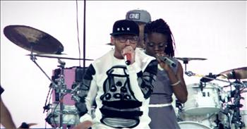 TobyMac - Backseat Driver (Live) ft. Hollyn