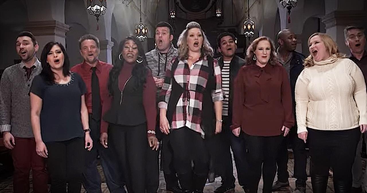 A+Cappella+Group+Sings+%27Carol+Of+The+Bells%27+